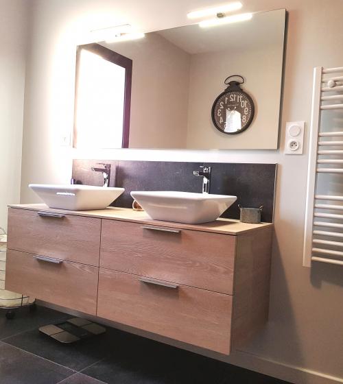 Installation d'un meuble double vasque à Betton