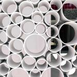 Décoration séparation tuyaux PVC - La Maison Des Travaux Rennes